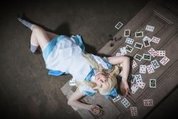 015_Alice-im-Wunderland
