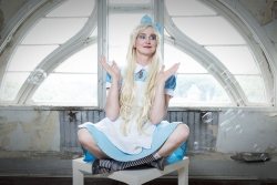 017_Alice-im-Wunderland