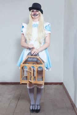 021_Alice-im-Wunderland