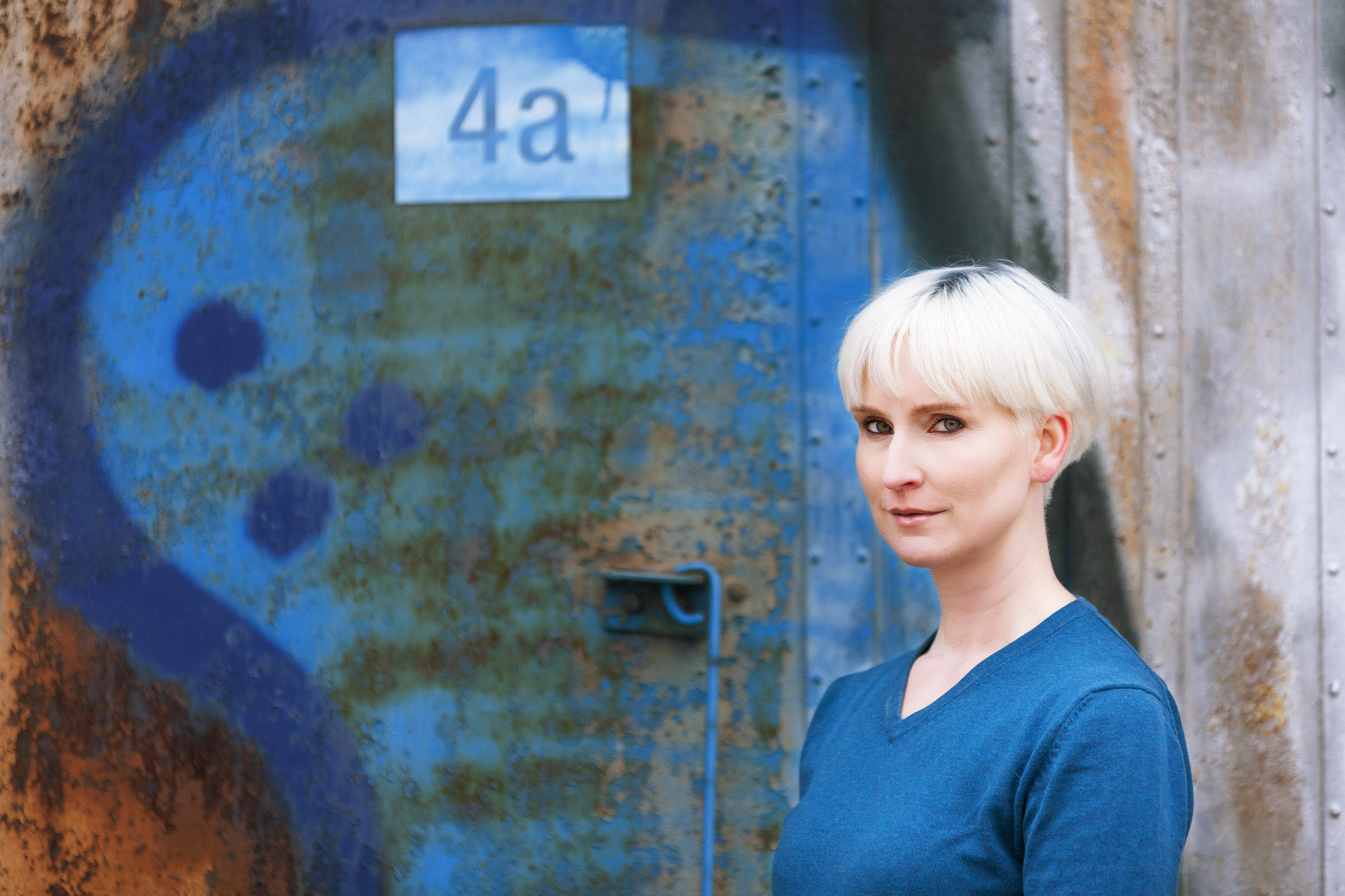 Sandra_bleu_Portrait